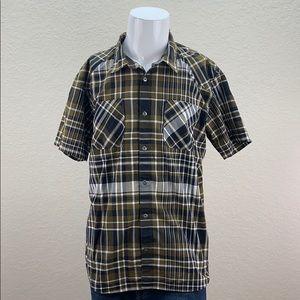 Mens Patagonia XL Short Sleeve Button Up Shirt
